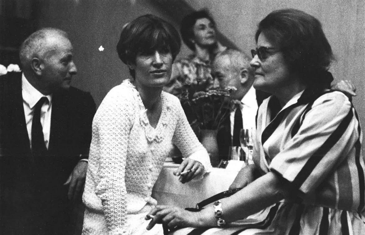 <p>Claude Stahly et François Stahly avec leur fille Florence</p>